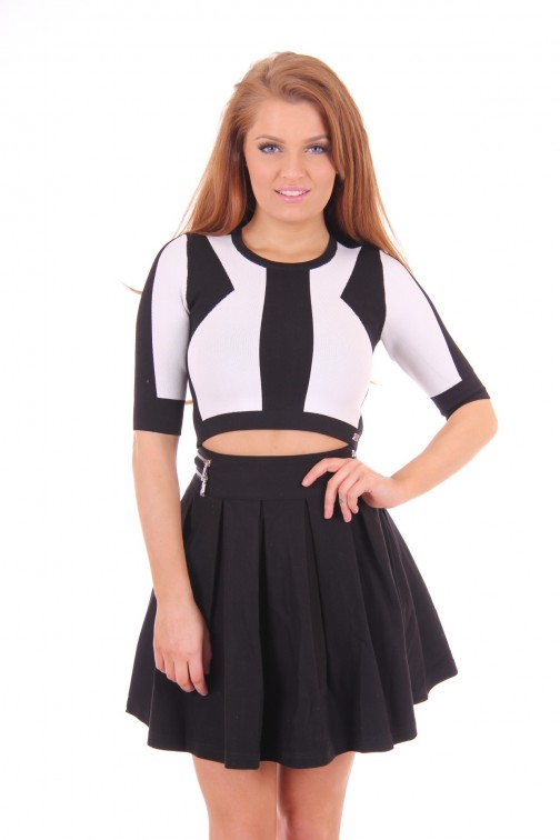 Given skater skirt black