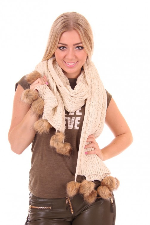 B-loved creme Knitted Scarf with pompoms