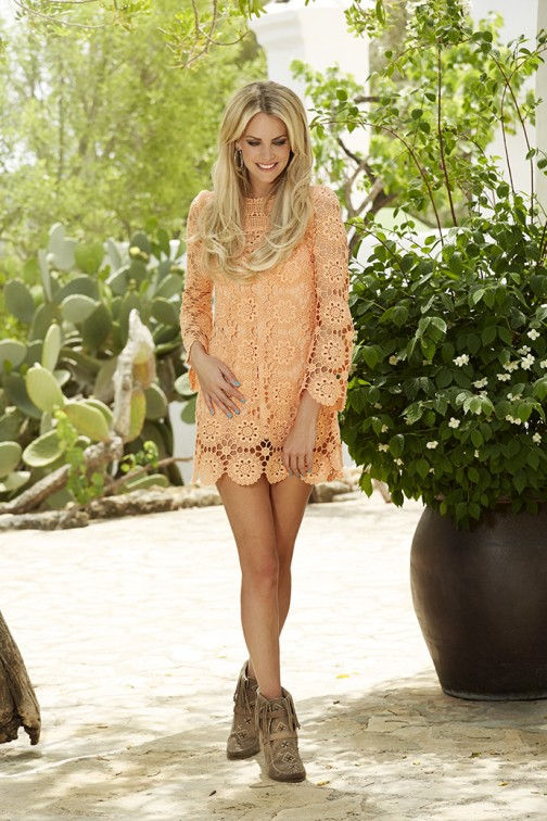 Labee ibiza lace dress peach